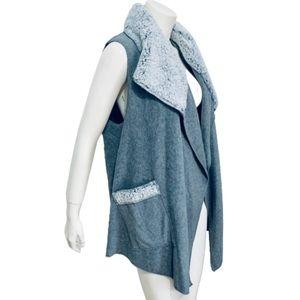 LE MODA | Sherpa Trimmed Fleece Vest One Size S-L